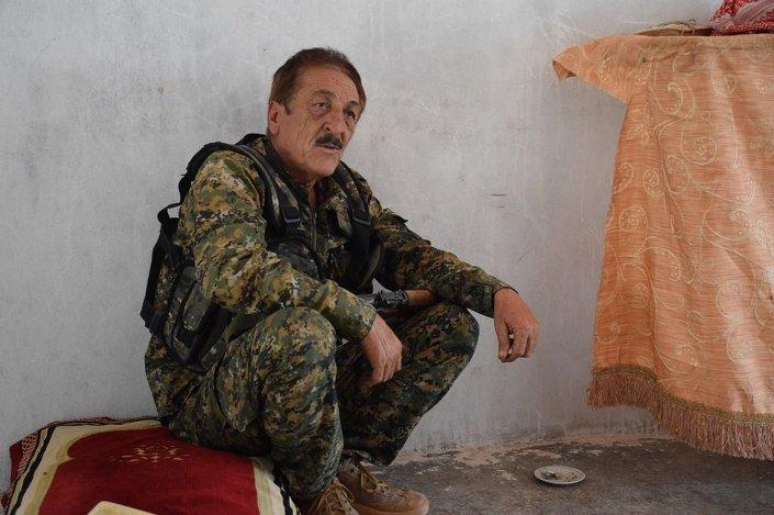 © SPUTNİK/ HEDİYE LEVENT YPG saflarında savaşan Çeçenler gibi IŞİD'in içinde de çok sayıda etkili Çeçen militan var.